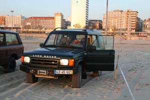 2011-04-15_17_EmotionsLandRover2